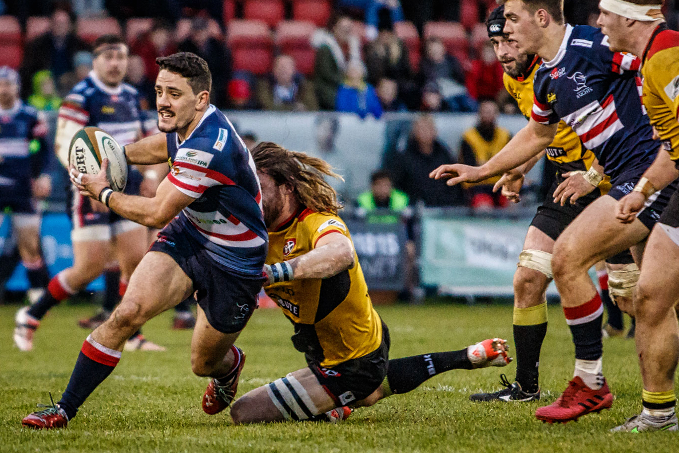 Paul Jarvis, try scorer, always a thorn in the Pirates' defence