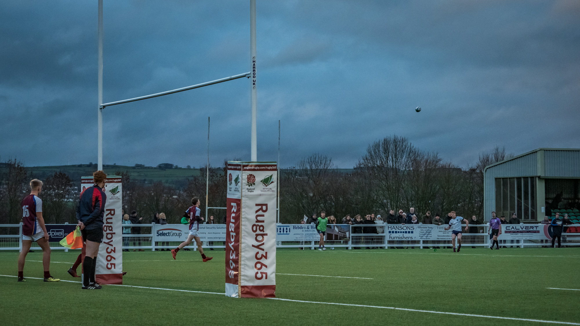 Think this was the only kick he missed but I quite like this shot with the wider view