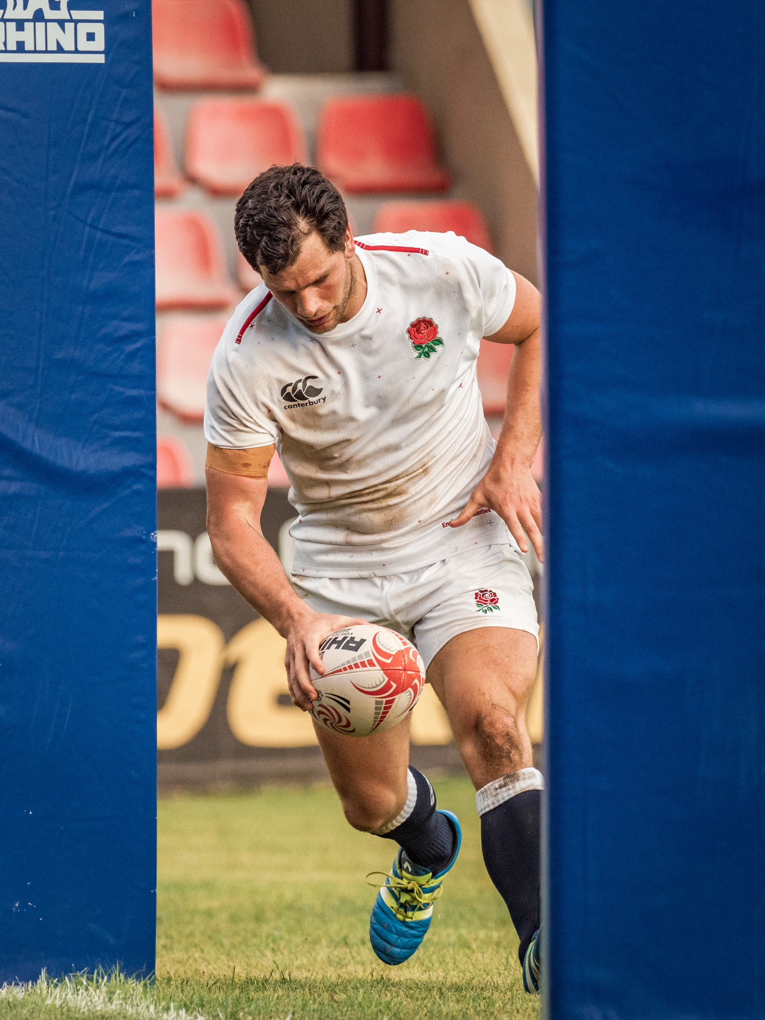 Kieran Moffat of Old Elthamians with England Counties' second try