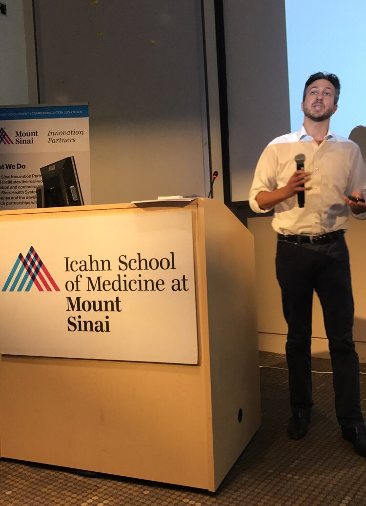 Abbas Hasan, Founder of Marmo, presenting at the Dreamit Health Customer Immersion at Mount Sinai in NYC.