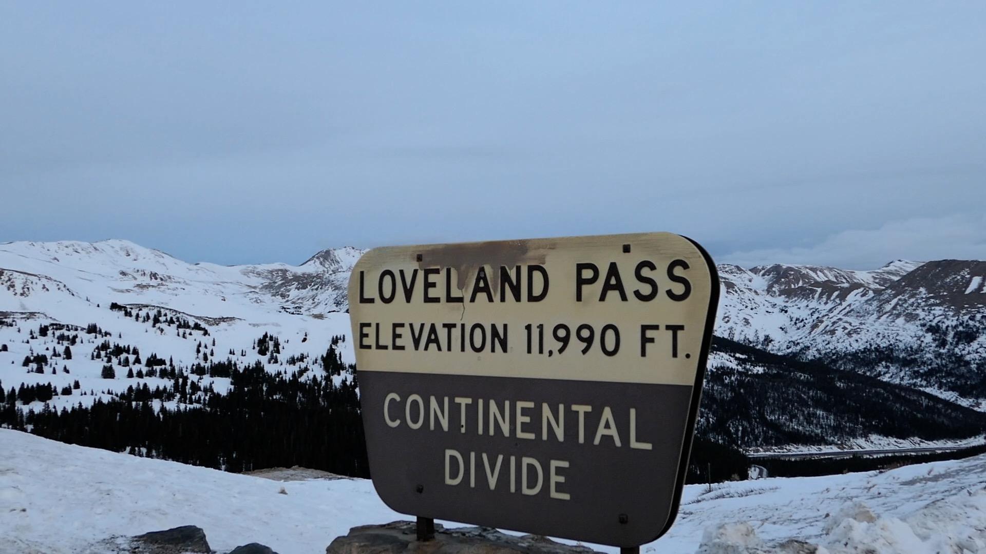 loveland pass sign.jpg
