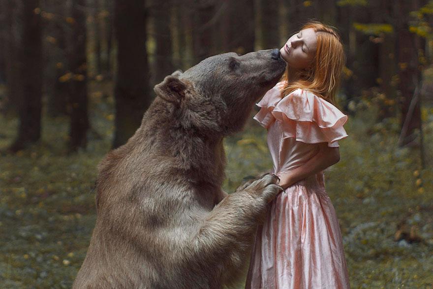 Photo by Katerina Plotnikova.