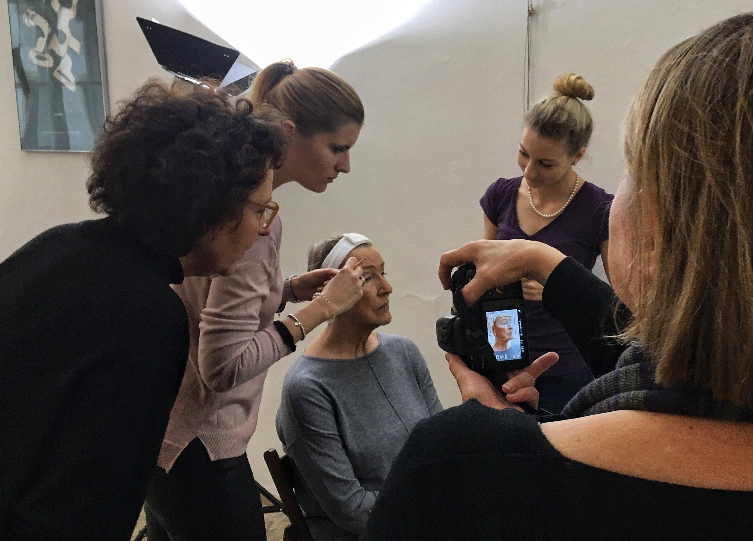 Foto Make Up im Fotokurs für Frauen der LIK Akademie für Foto und Design GmbH