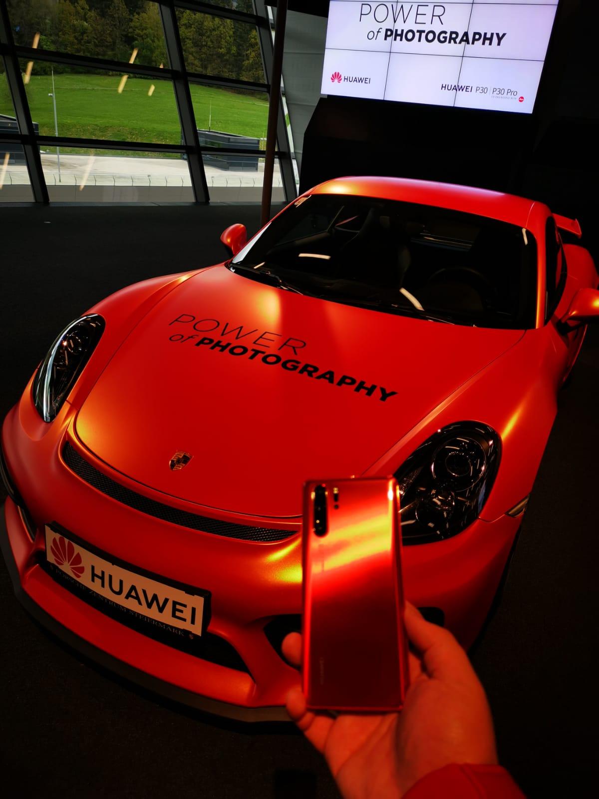 Huawei_Porsche Amber Sunrise 9.png
