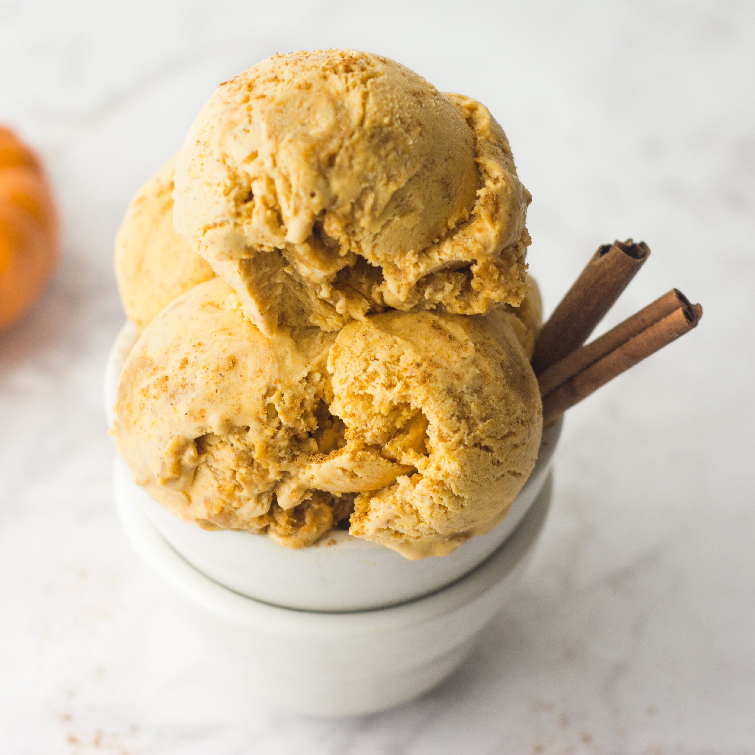 No Churn Pumpkin Pie Ice Cream -