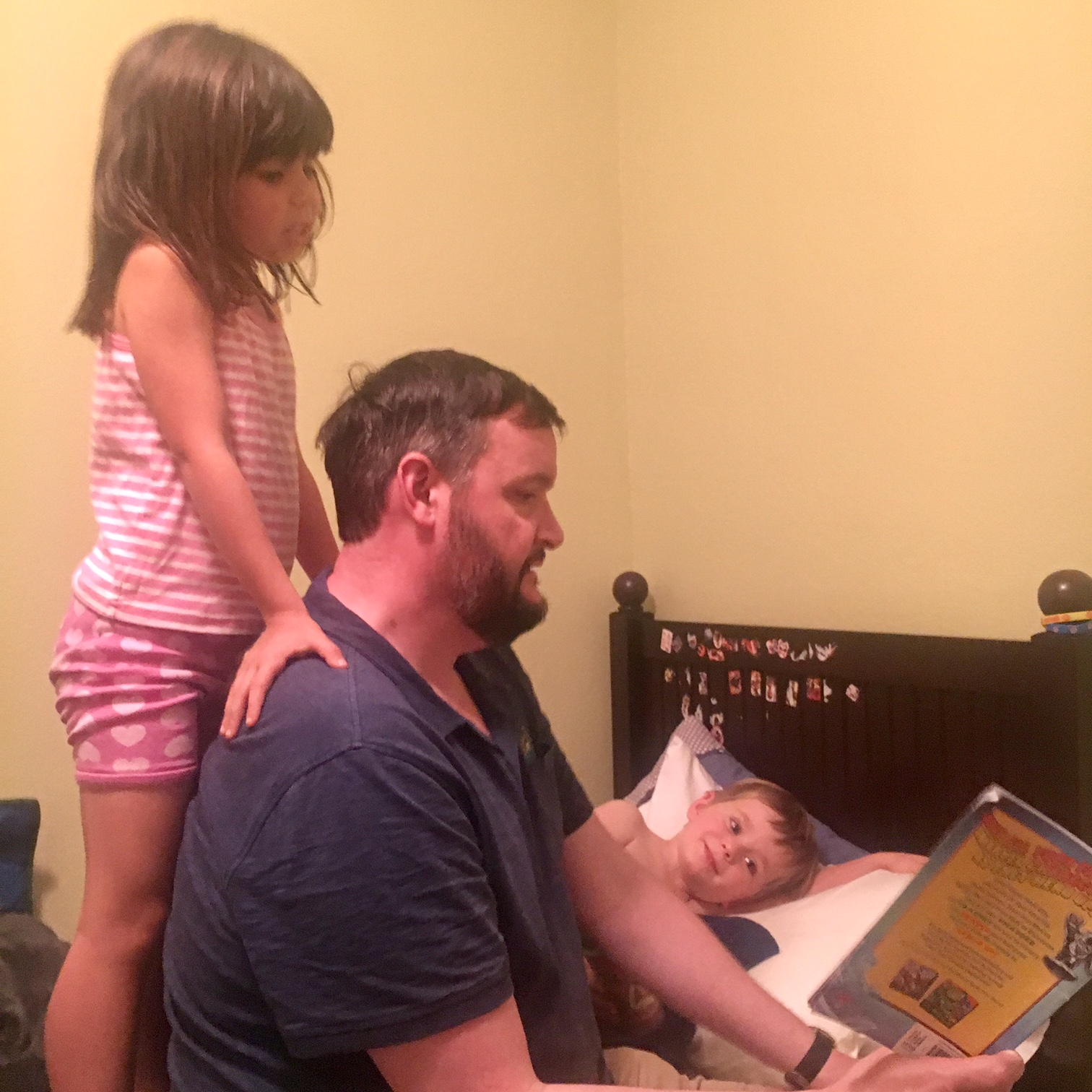 bedtime stories with L & E!