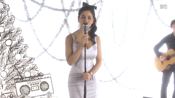 md_Marina and the Diamonds2013-02-18 at 2.25.01 PM.jpg