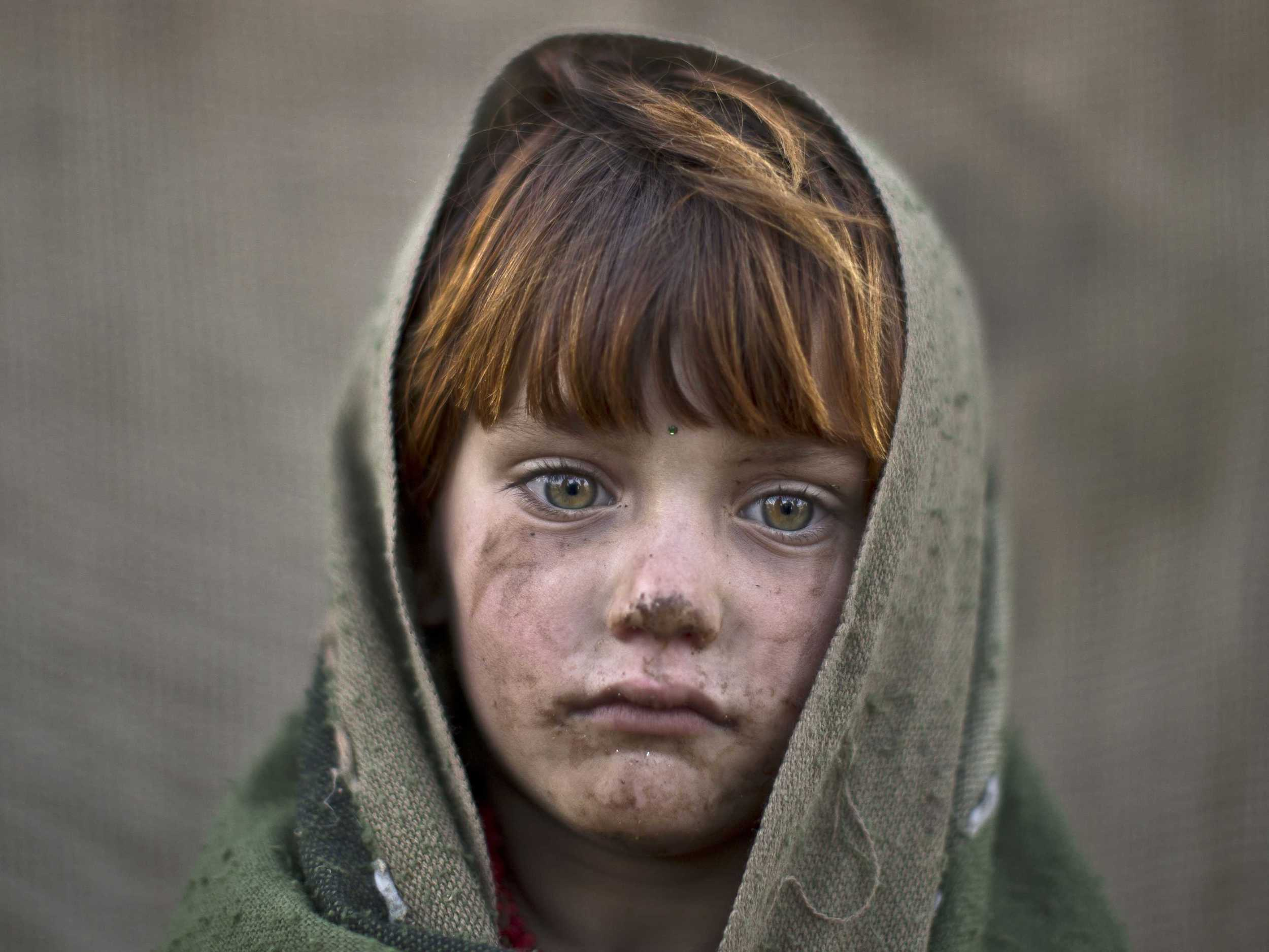 these-afghan-child-refugee-photos-will-break-your-heart--and-maybe-just-give-you-hope.jpg