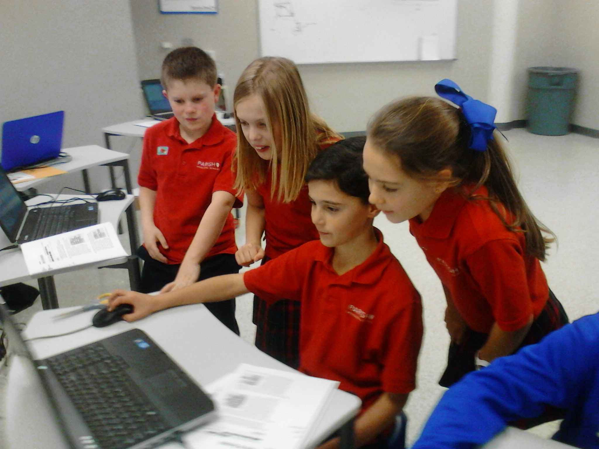 Teamwork using Lego Digital Designer to make models in simple Lego-based CAD.