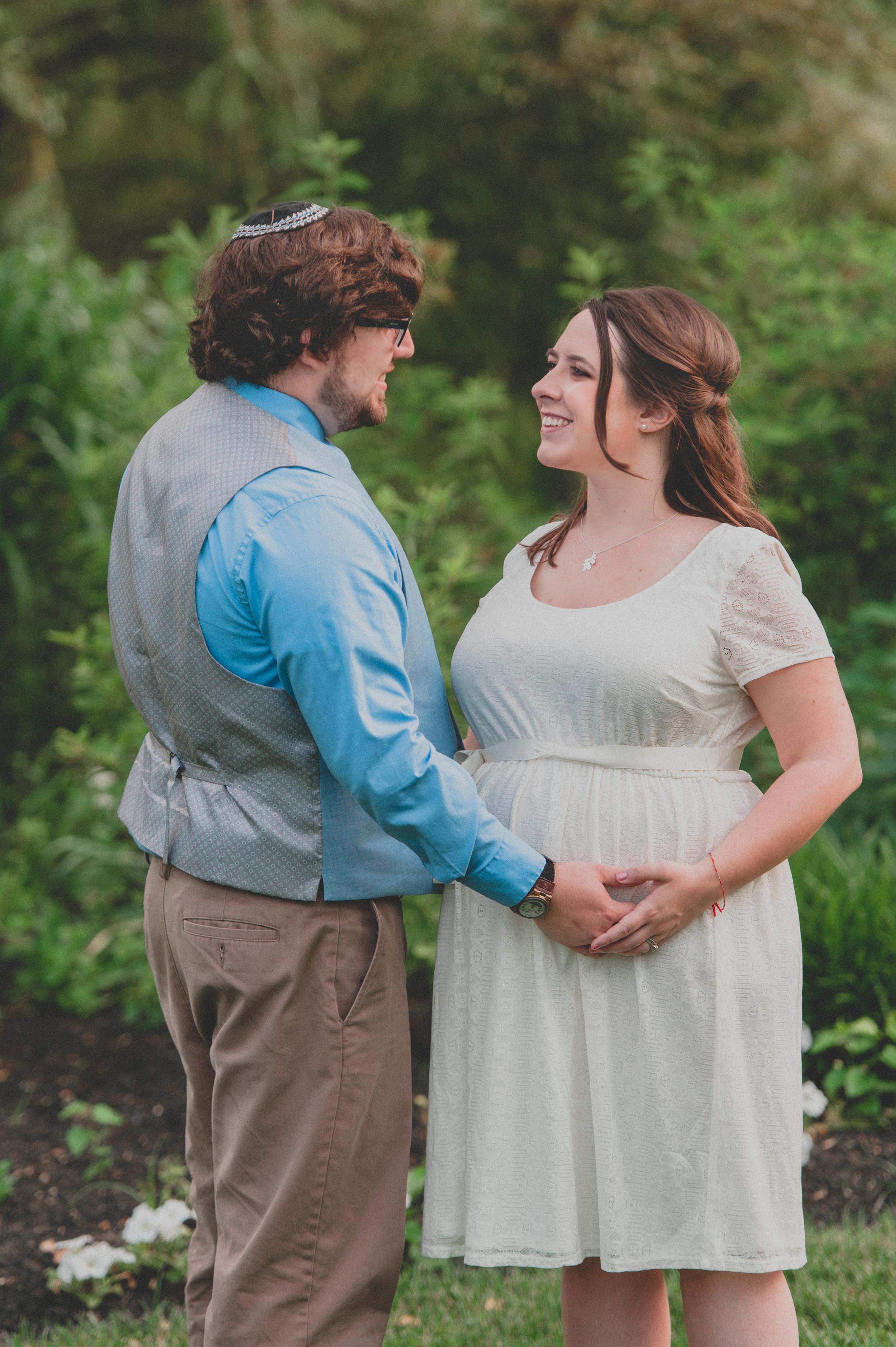 Heather-Matt-Maternity-3.jpg