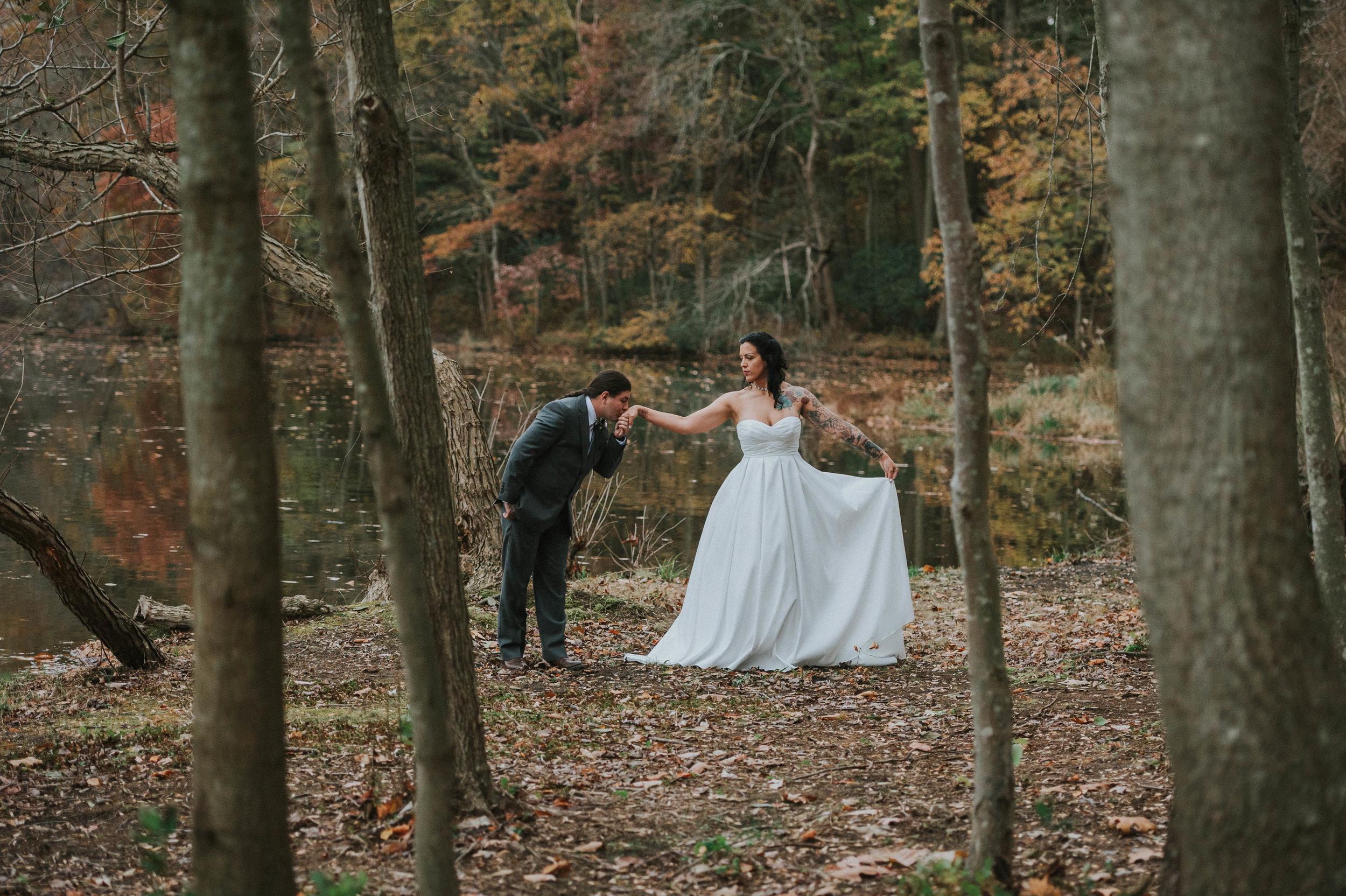 Rodes-Barn-Wedding-Mackenzie-and-Dylan-168.jpg