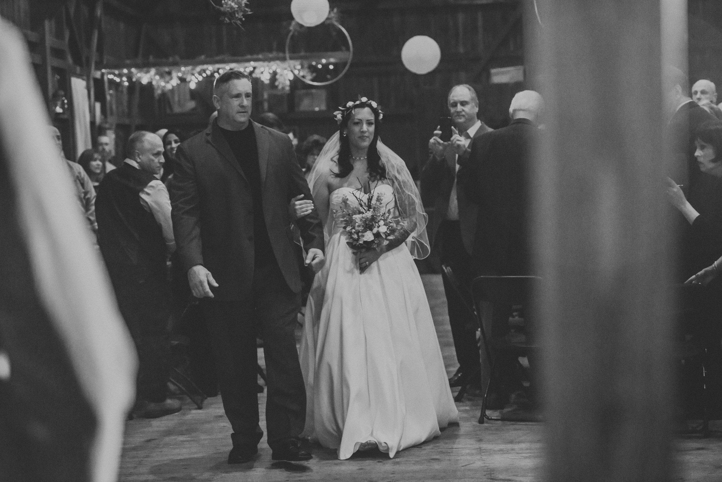 Rodes-Barn-Wedding-Mackenzie-and-Dylan-353.jpg