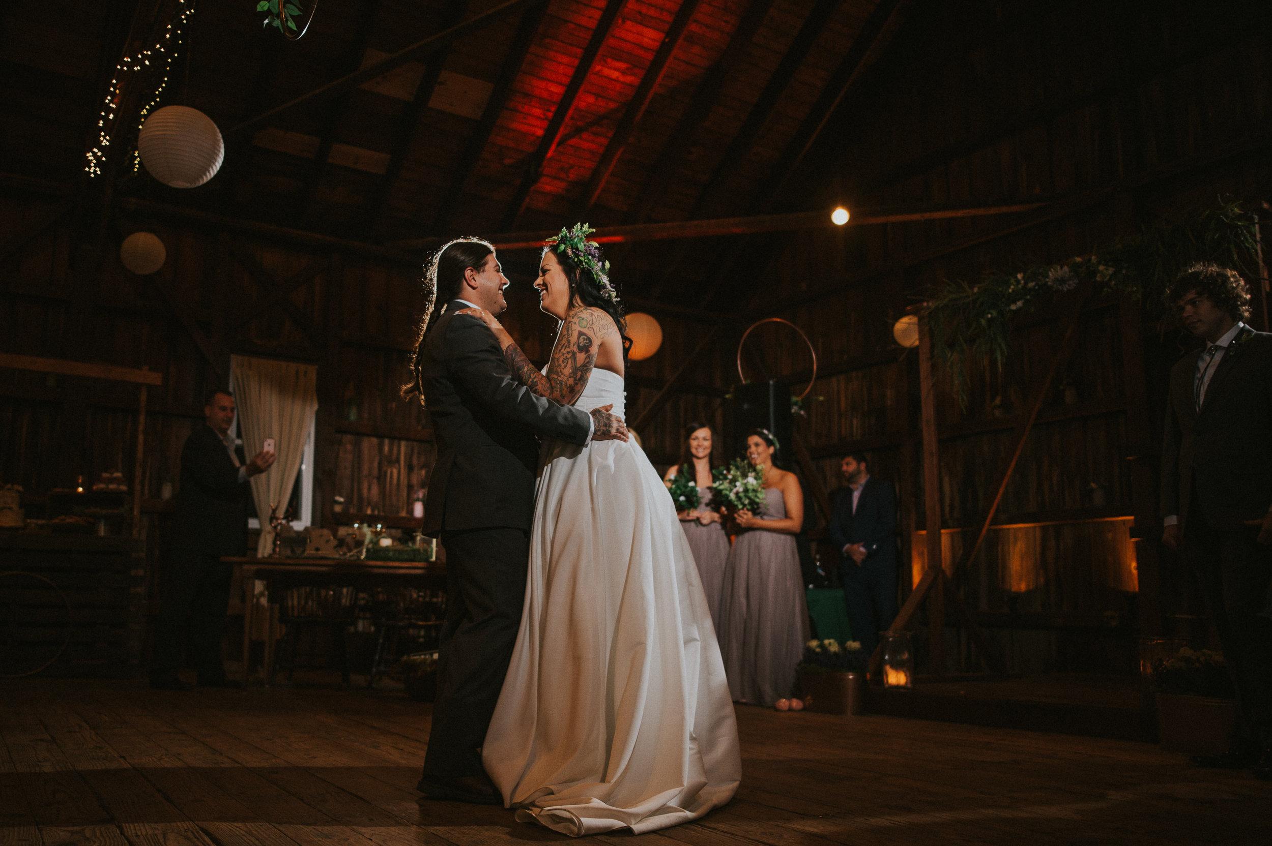 Rodes-Barn-Wedding-Mackenzie-and-Dylan-466.jpg