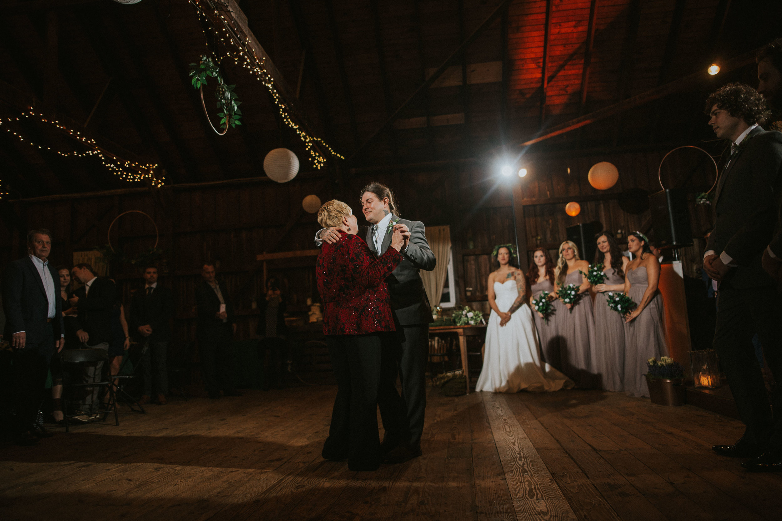 Rodes-Barn-Wedding-Mackenzie-and-Dylan-519.jpg