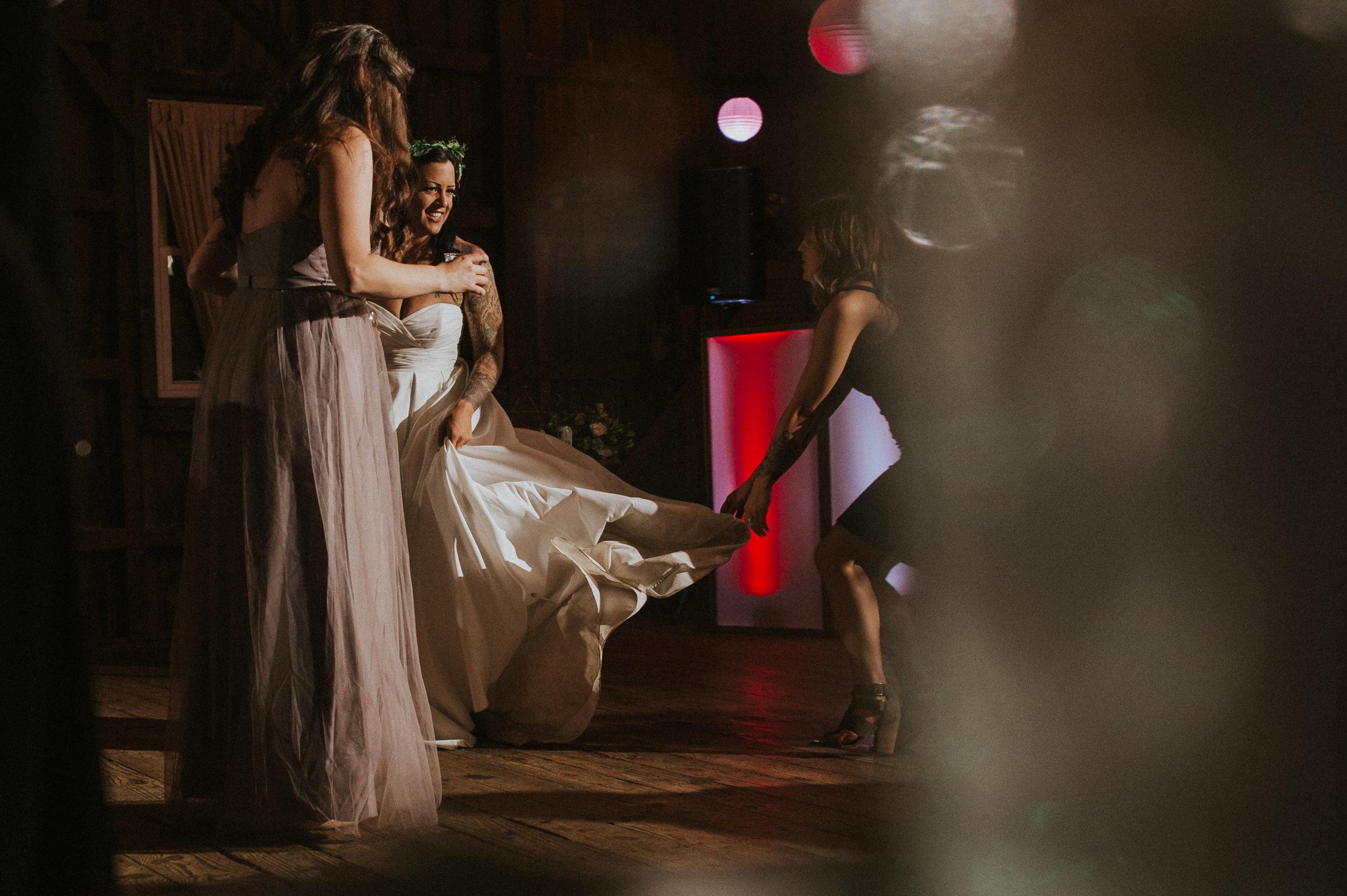 Rodes-Barn-Wedding-Mackenzie-and-Dylan-606.jpg