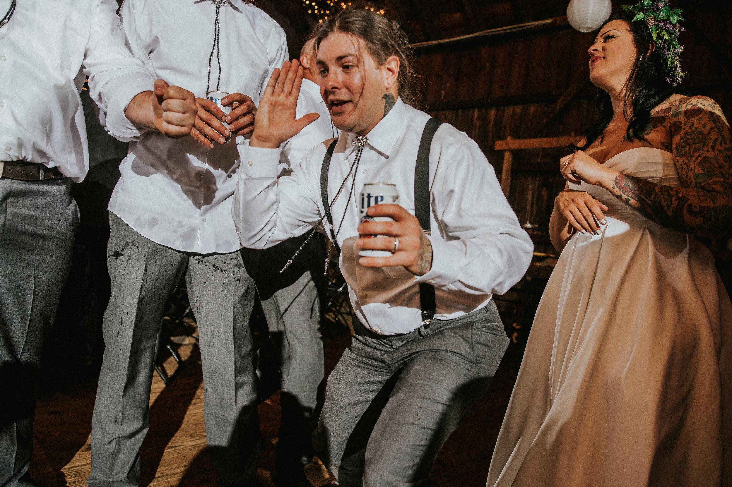 Rodes-Barn-Wedding-Mackenzie-and-Dylan-638.jpg
