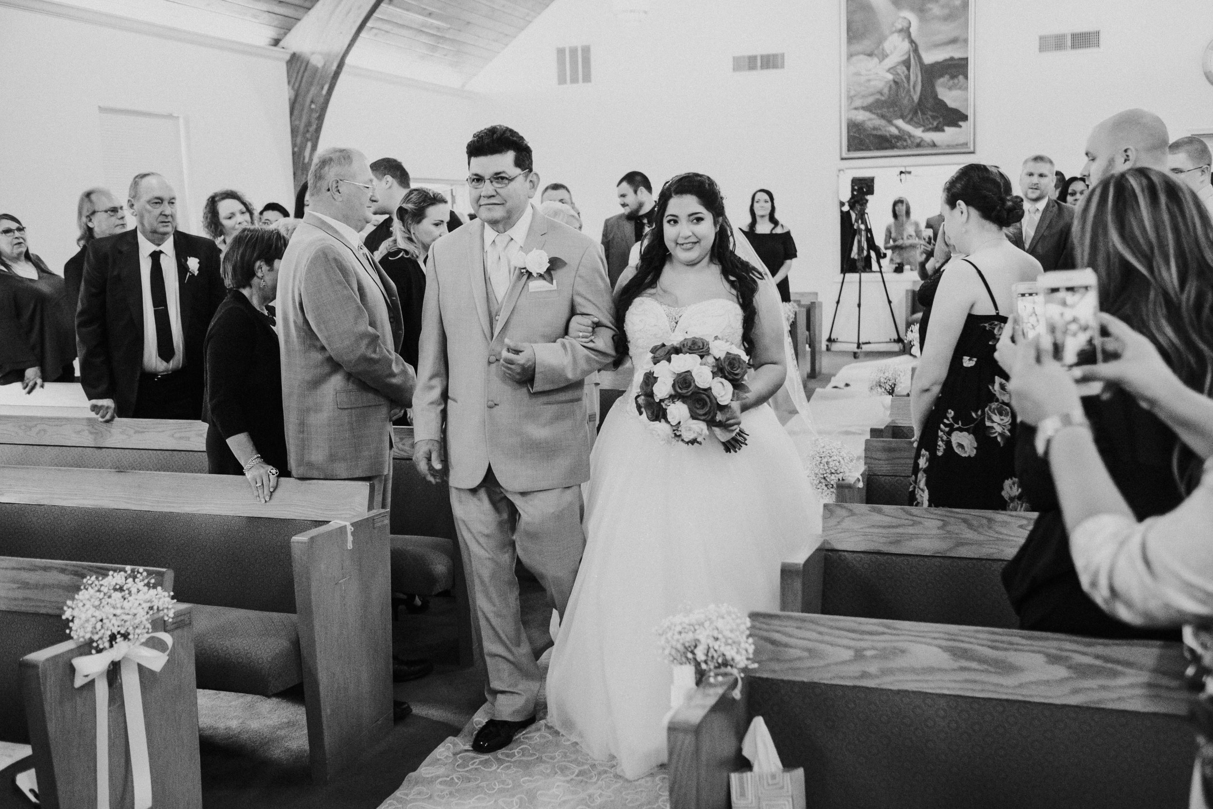 Barclay-Farmstead-Wedding-Rosa-and-Mike-230.jpg
