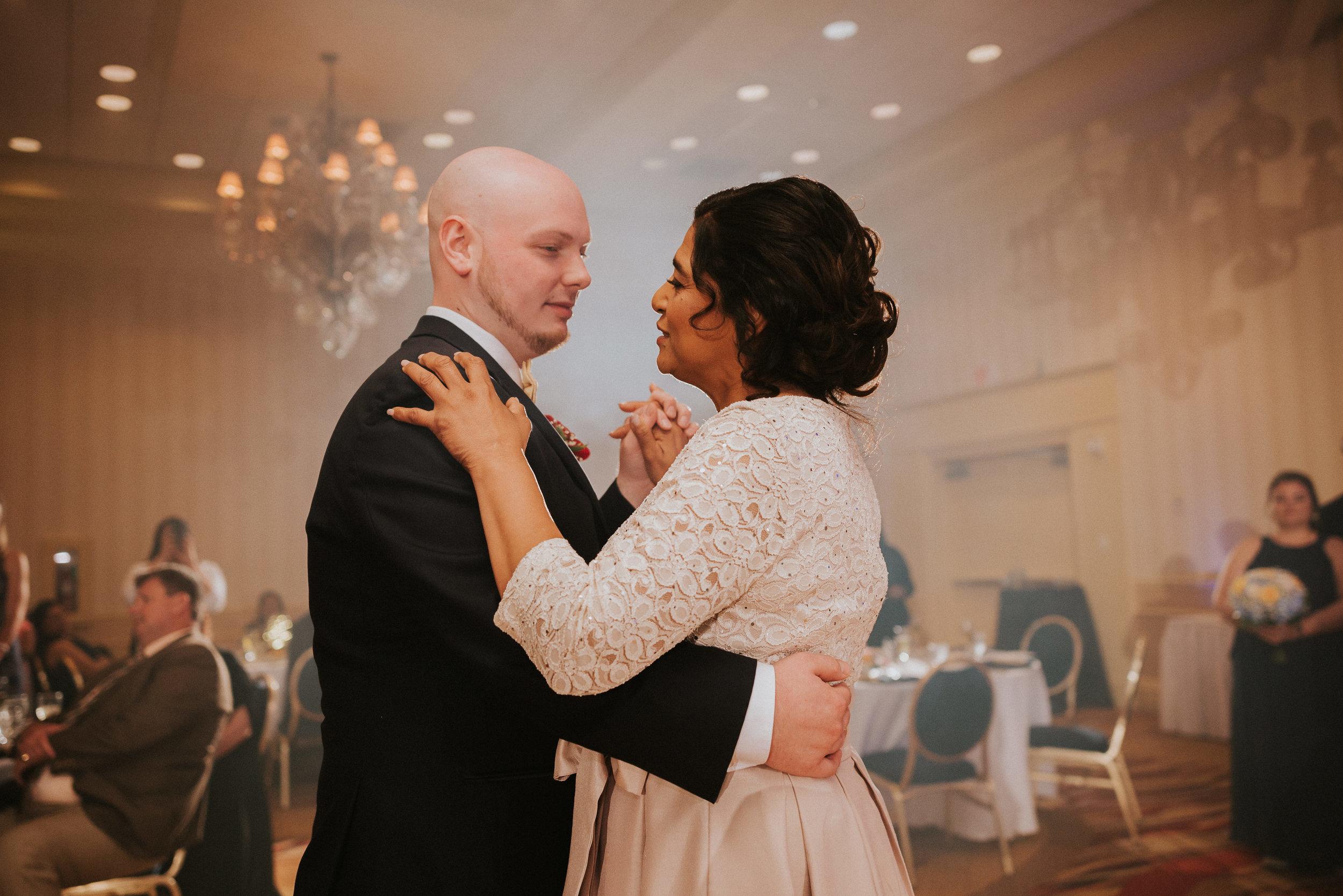 Barclay-Farmstead-Wedding-Rosa-and-Mike-546.jpg
