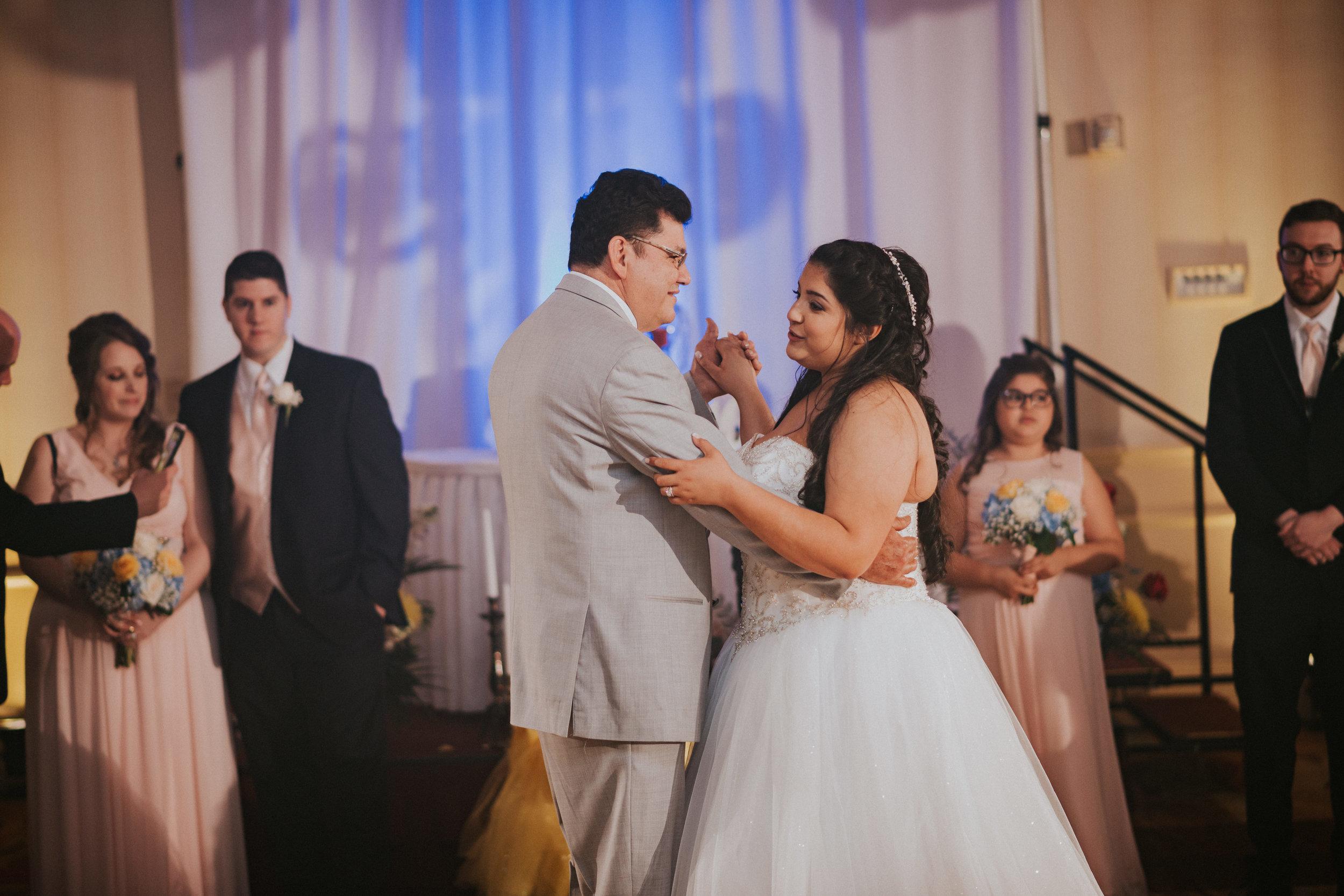 Barclay-Farmstead-Wedding-Rosa-and-Mike-547.jpg