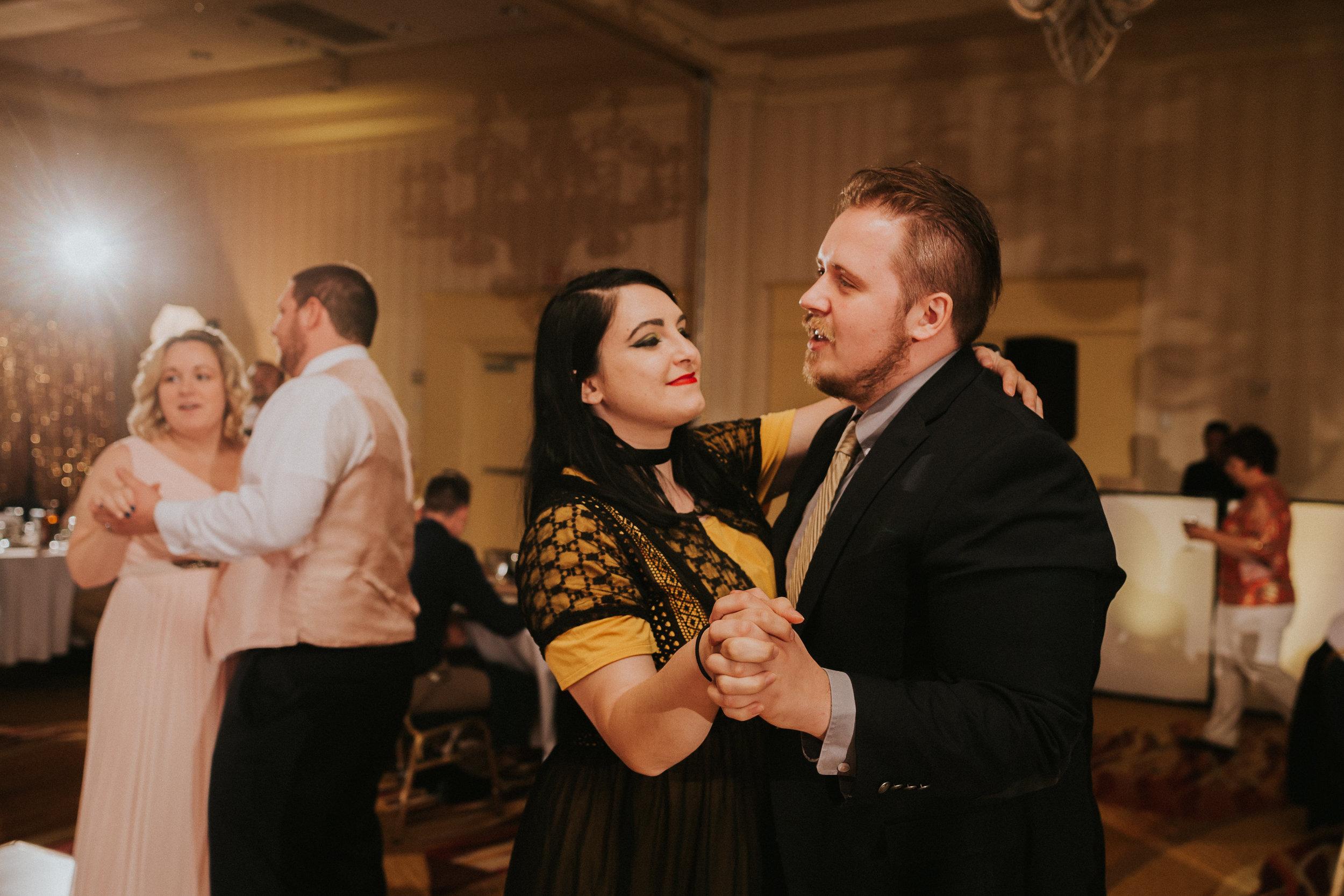 Barclay-Farmstead-Wedding-Rosa-and-Mike-607.jpg