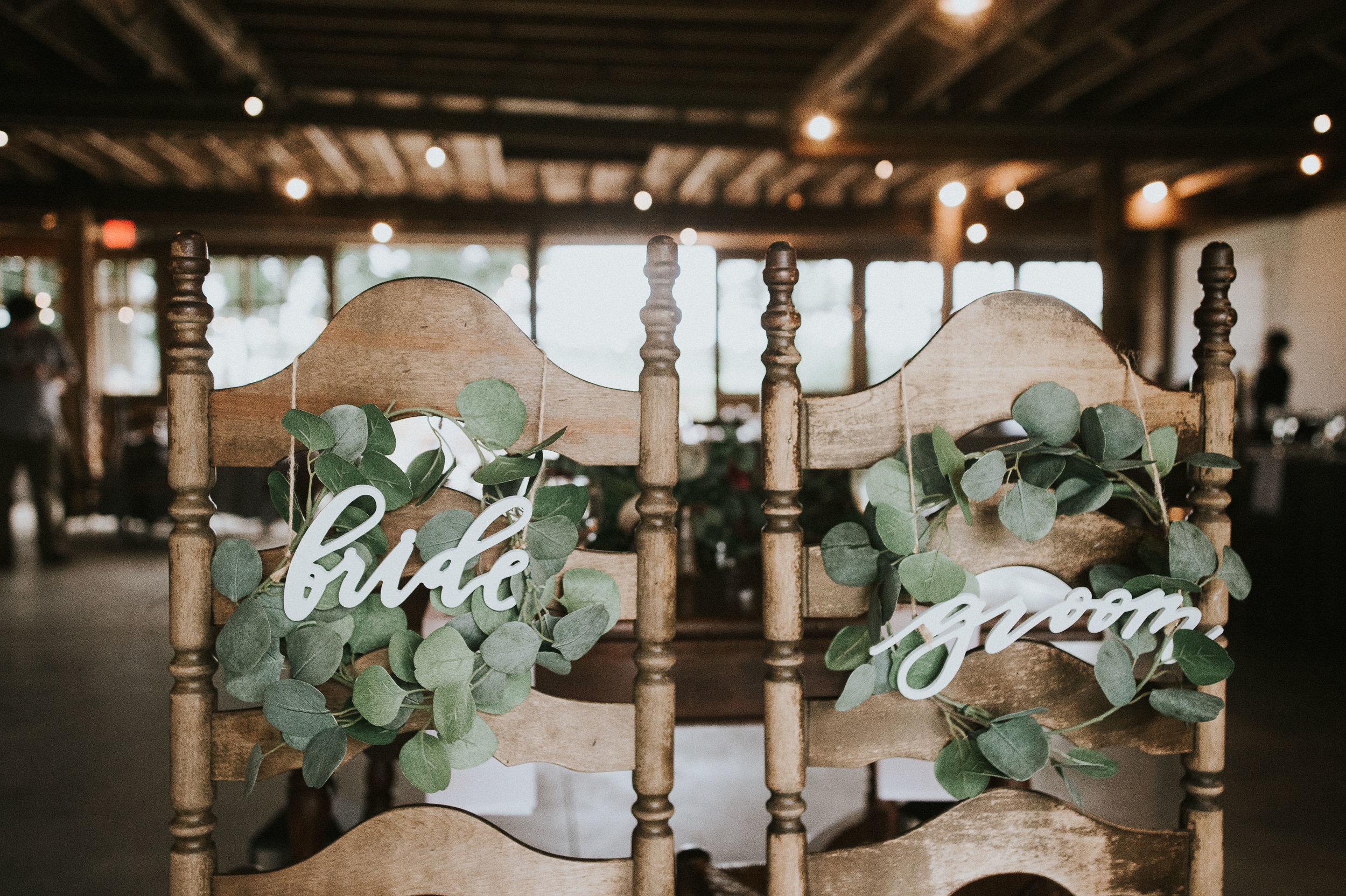 Johnson-Locust-Hall-Farm-Wedding-Christine-Kevin-1066.jpg