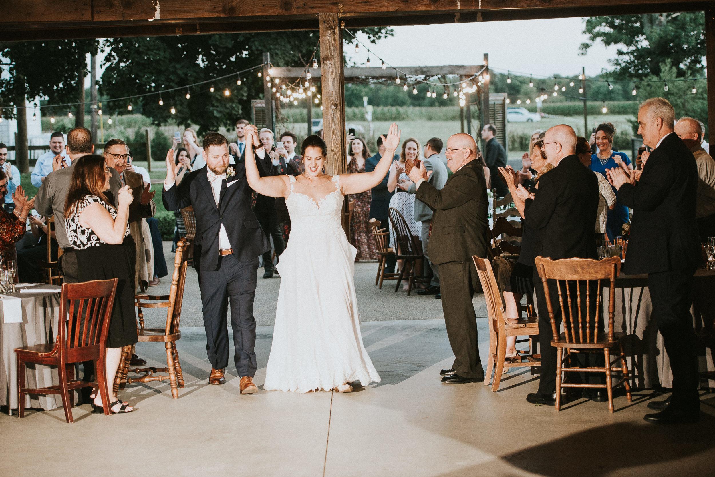Johnson-Locust-Hall-Farm-Wedding-Christine-Kevin-1167.jpg