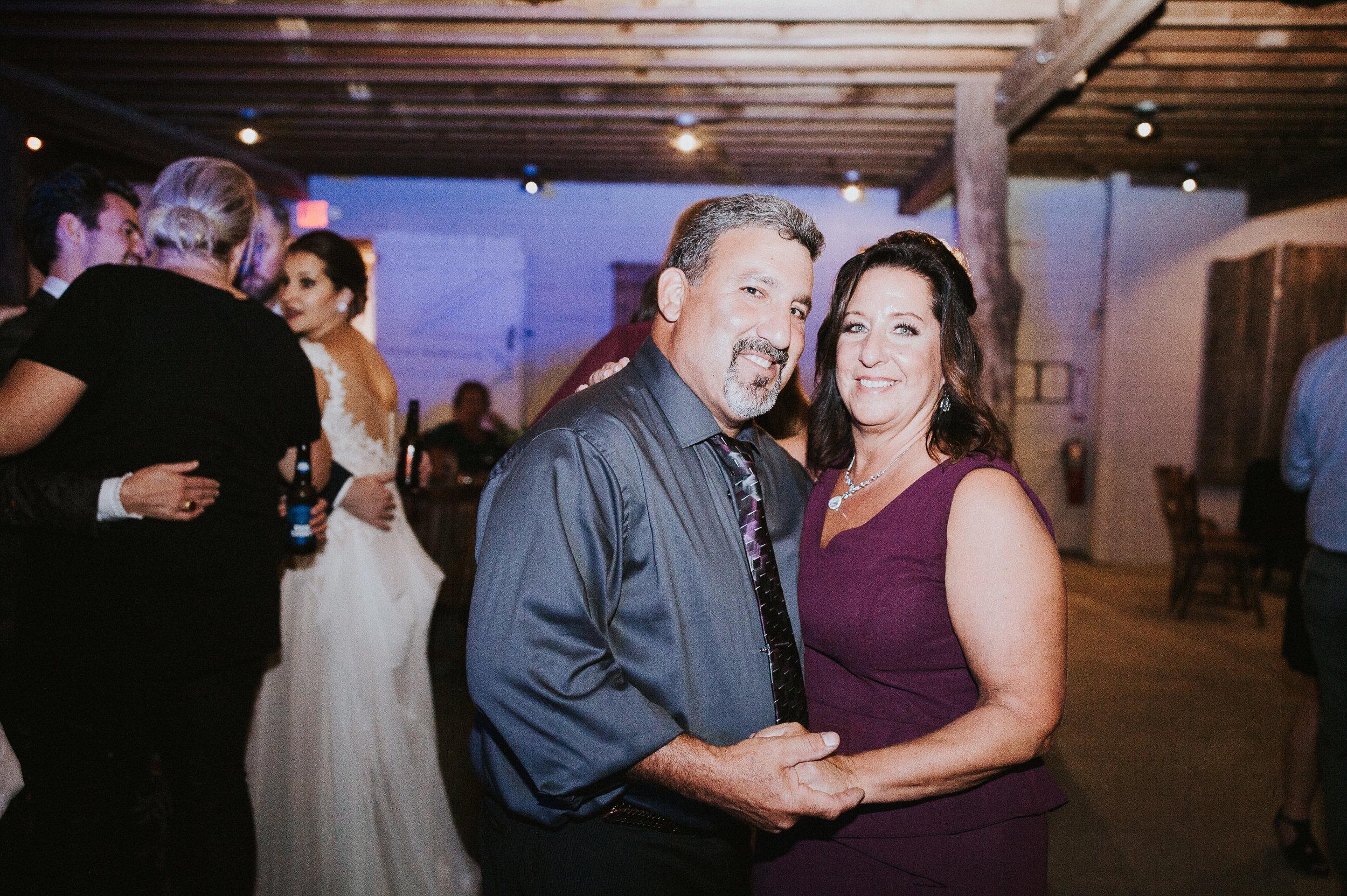 Johnson-Locust-Hall-Farm-Wedding-Christine-Kevin-1425.jpg