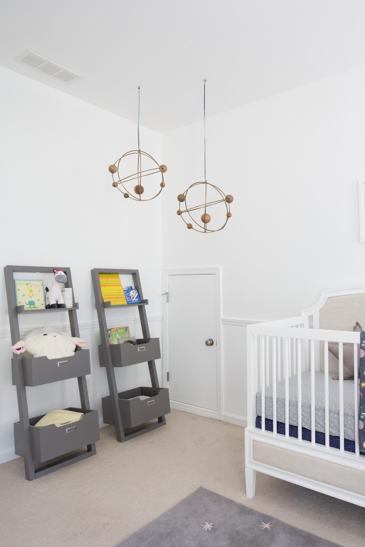 Nontraditional-baby-girl-nursery_0008.jpg