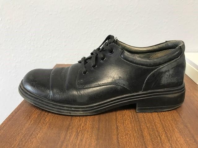 shoe with heel.jpg