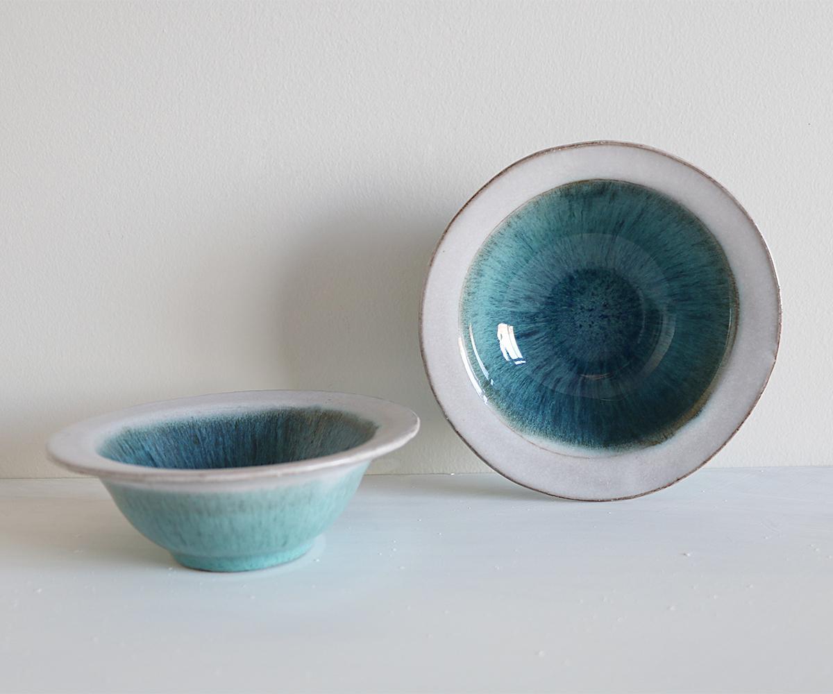 Blue lake bowl