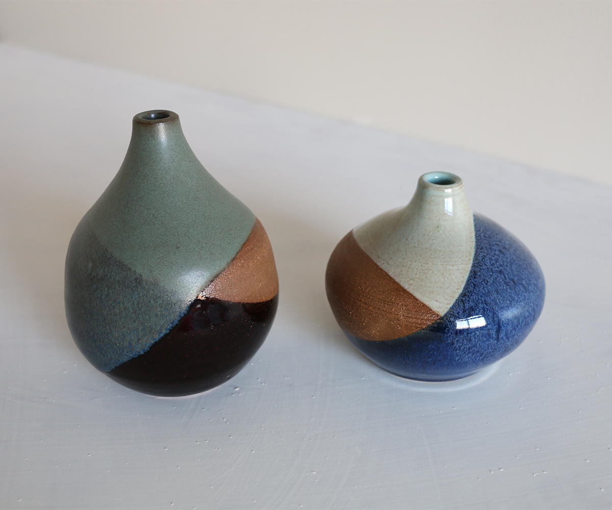 Cross dipped narrow opening vases