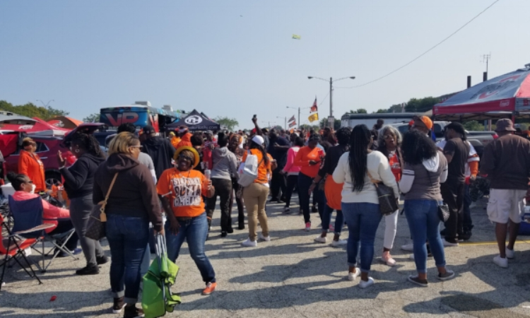 Blackgirlincle tailgate004