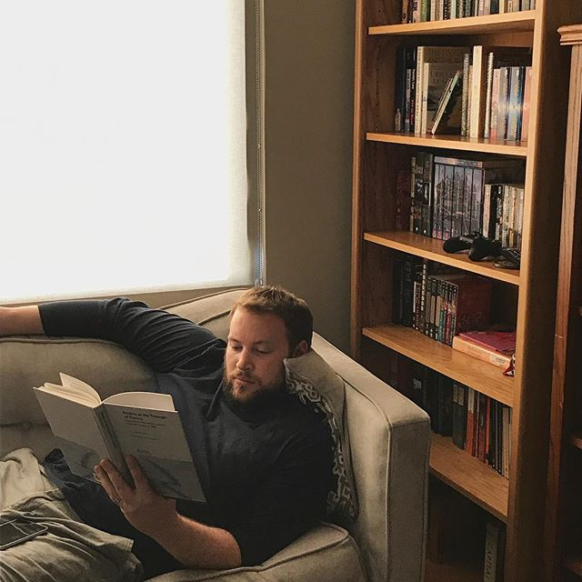 Husband reading, chill af. 👌🏼📚😎 . . . #reading #readingisfun #laborday #dayoff #chill #chillax #books #booksforever #calm