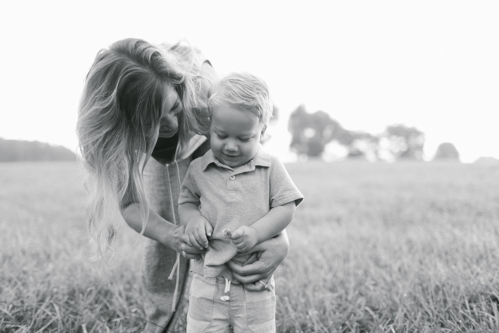 Beautiful-Mom-and-Son-in-Charlotte-NC-Field-Lifestyle-photography.