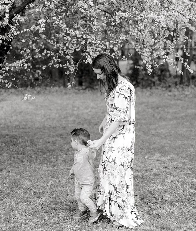To the little boy who made me a momma, I am so blessed you are here. Happy Mother's Day to all the mommas out there 💕 . . . . #motherhoodphotographer #ncphotographer #lemonadeandlenses #thatsdarling