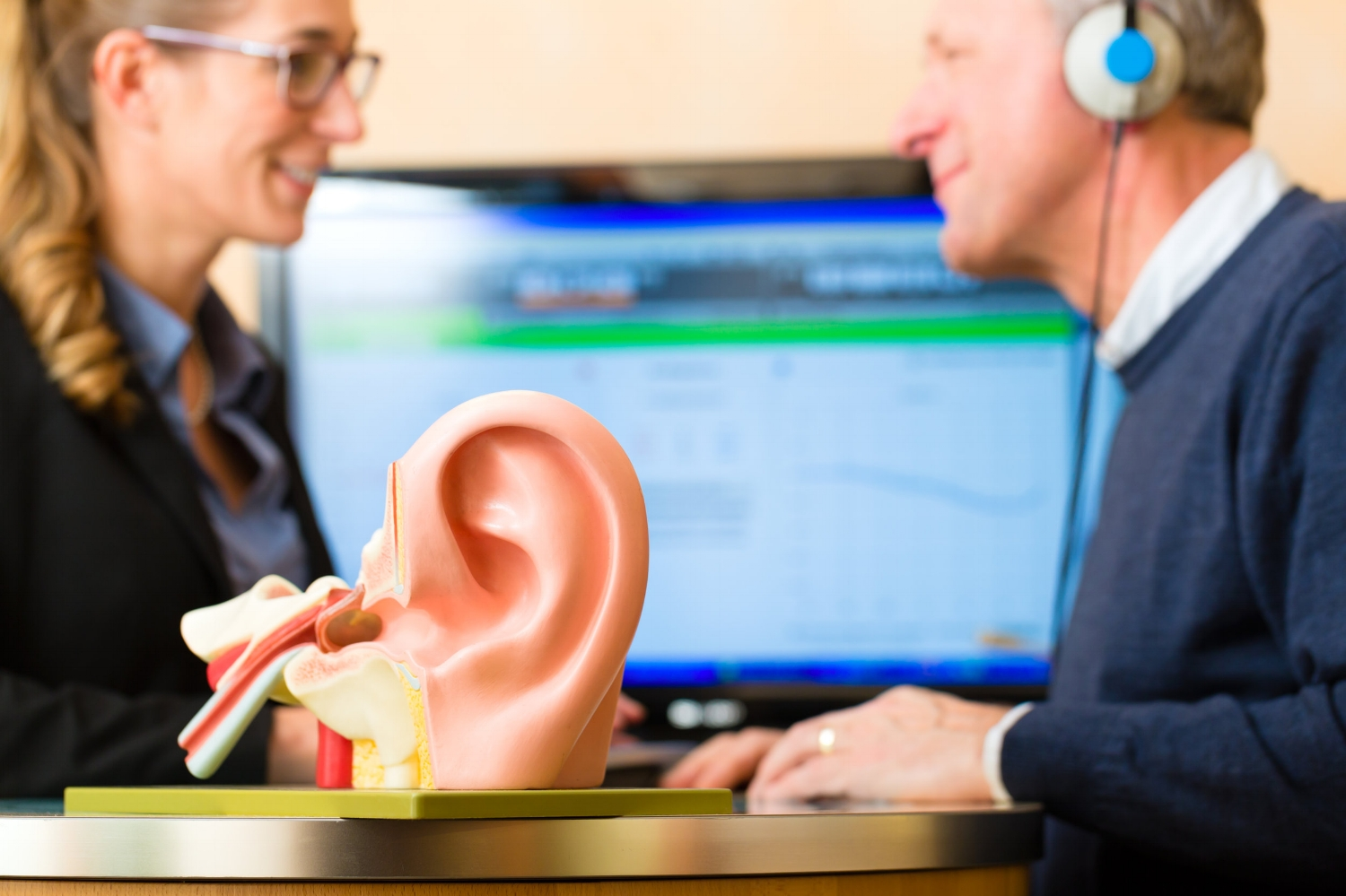 hearing aids support communication in Green Bay Wisconsin