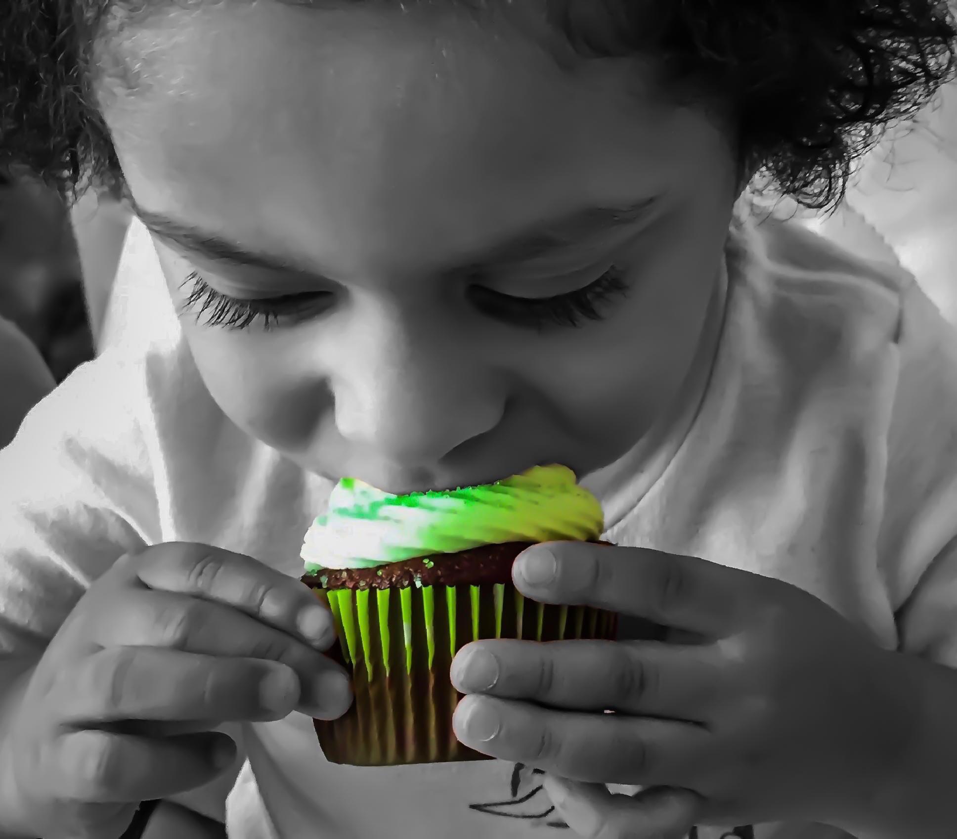Jaed Cupcake.jpg