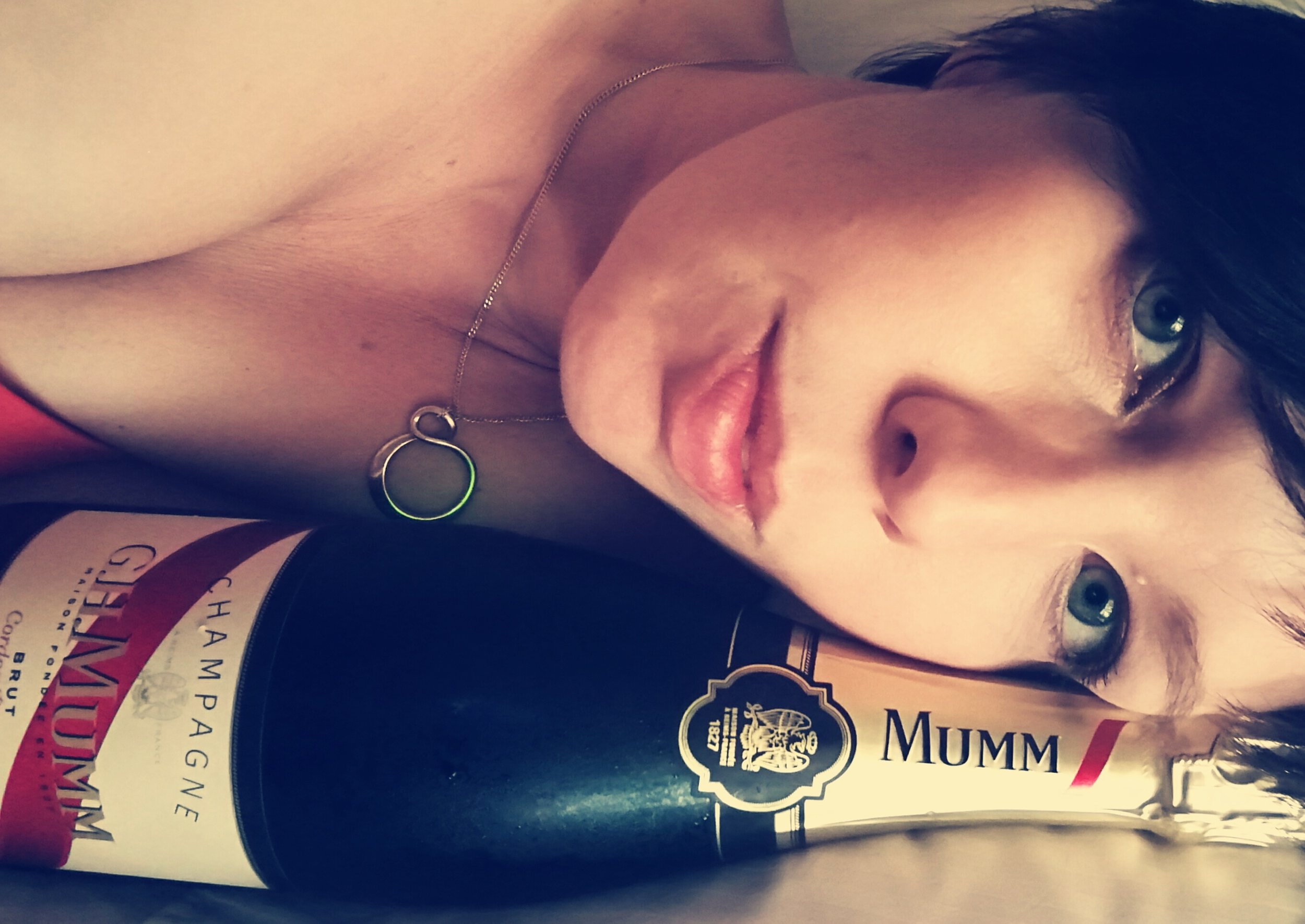 Oh Champagne used to be the third wheel in my sex life. I still love it but I don't pair it with sex anymore.