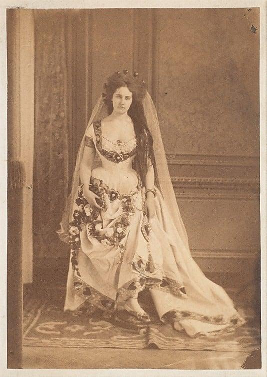 Countess de Castiglione,  The Queen of Hearts, 1860/1930s