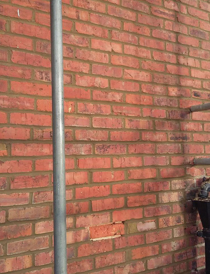 brickrepointingcloseup5.jpg