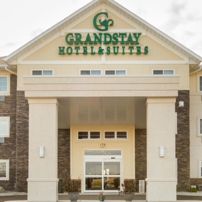 Grand Craftaway Retreat