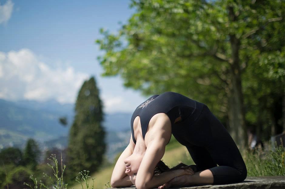 Ashanga-Yoga-.jpg