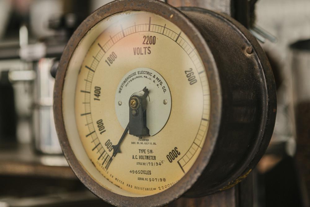 old school scale.jpg