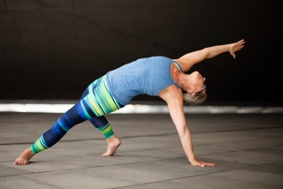 Alison Stong - Elad Itzkin Yoga Photography 0820..jpeg
