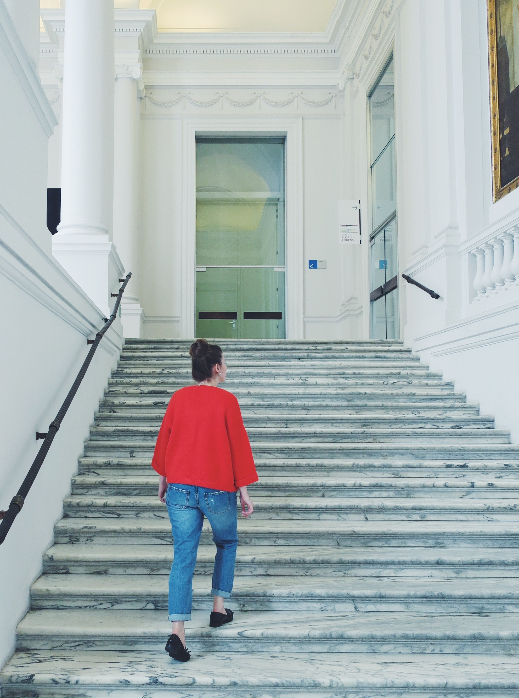 Marble staircase to the Oldmasters Museum