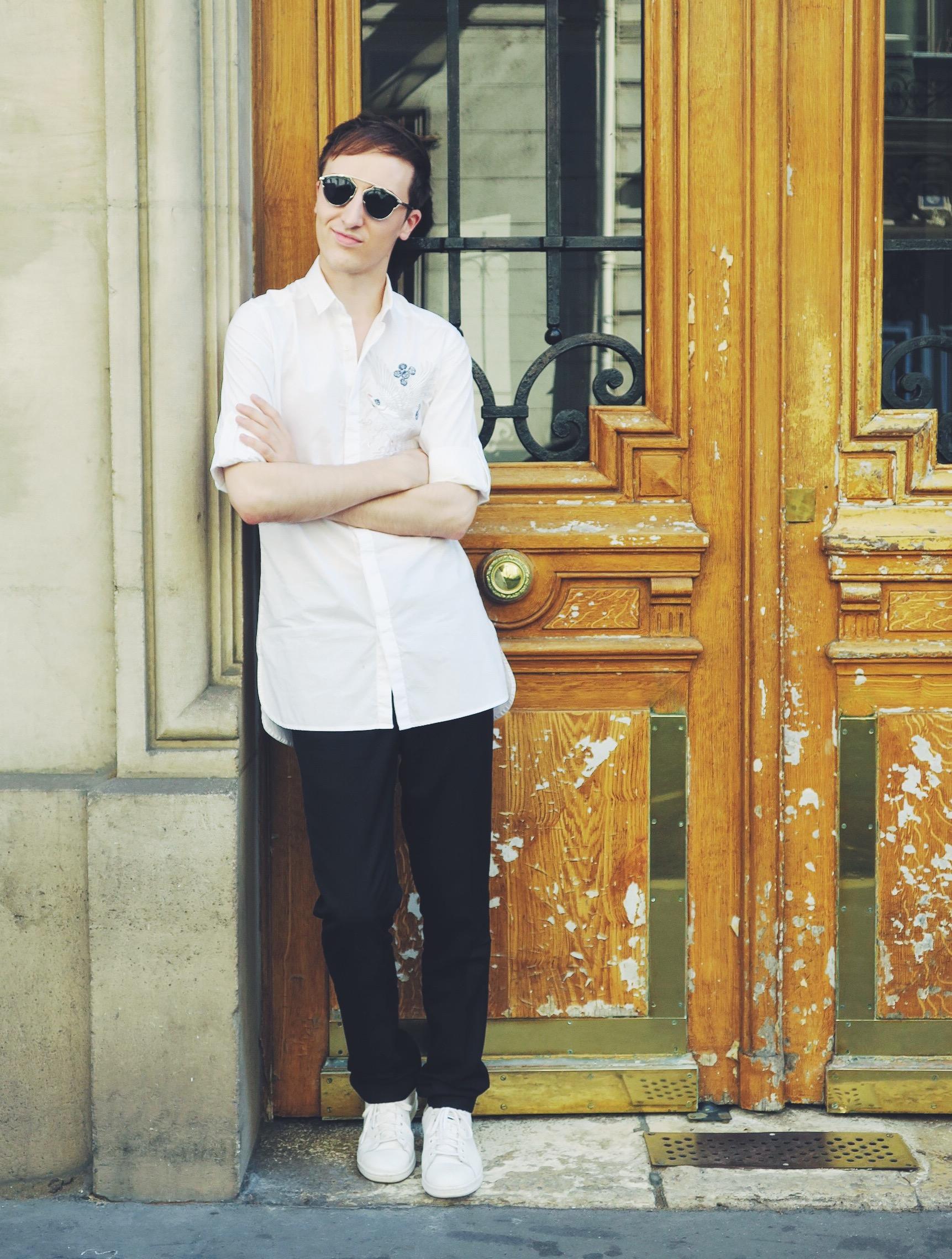 Zara shirt - Zara trousers - Adidas Stan Smith sneakers - Wavvse sunglasses