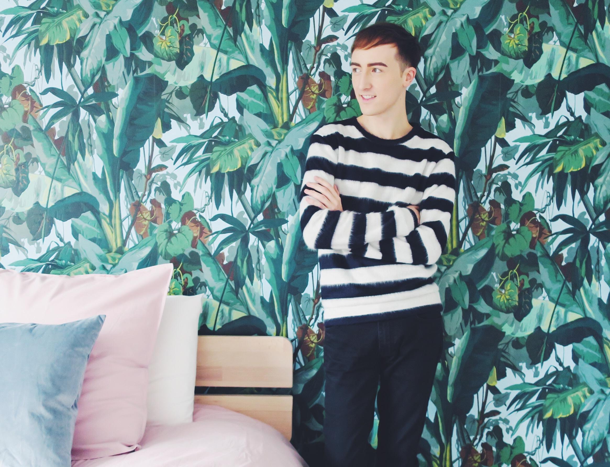 Zara sweater - Cesar Casier for JBC trousers