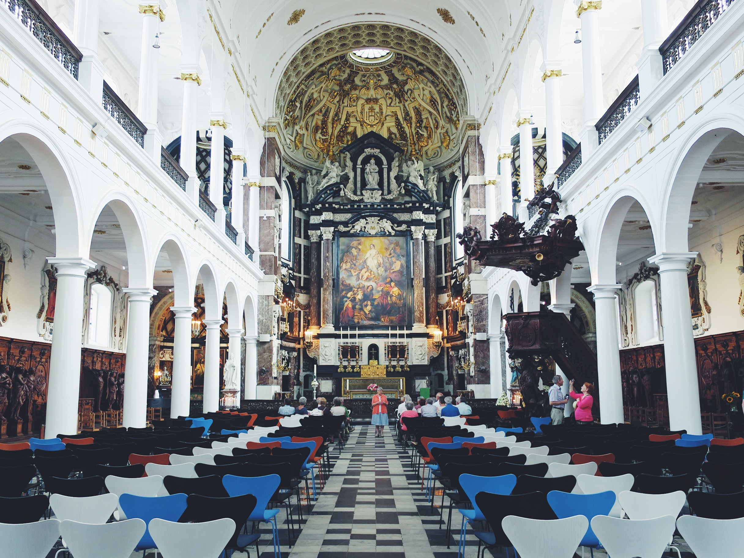 Inside the Sint-Carolus-Borromeuskerk