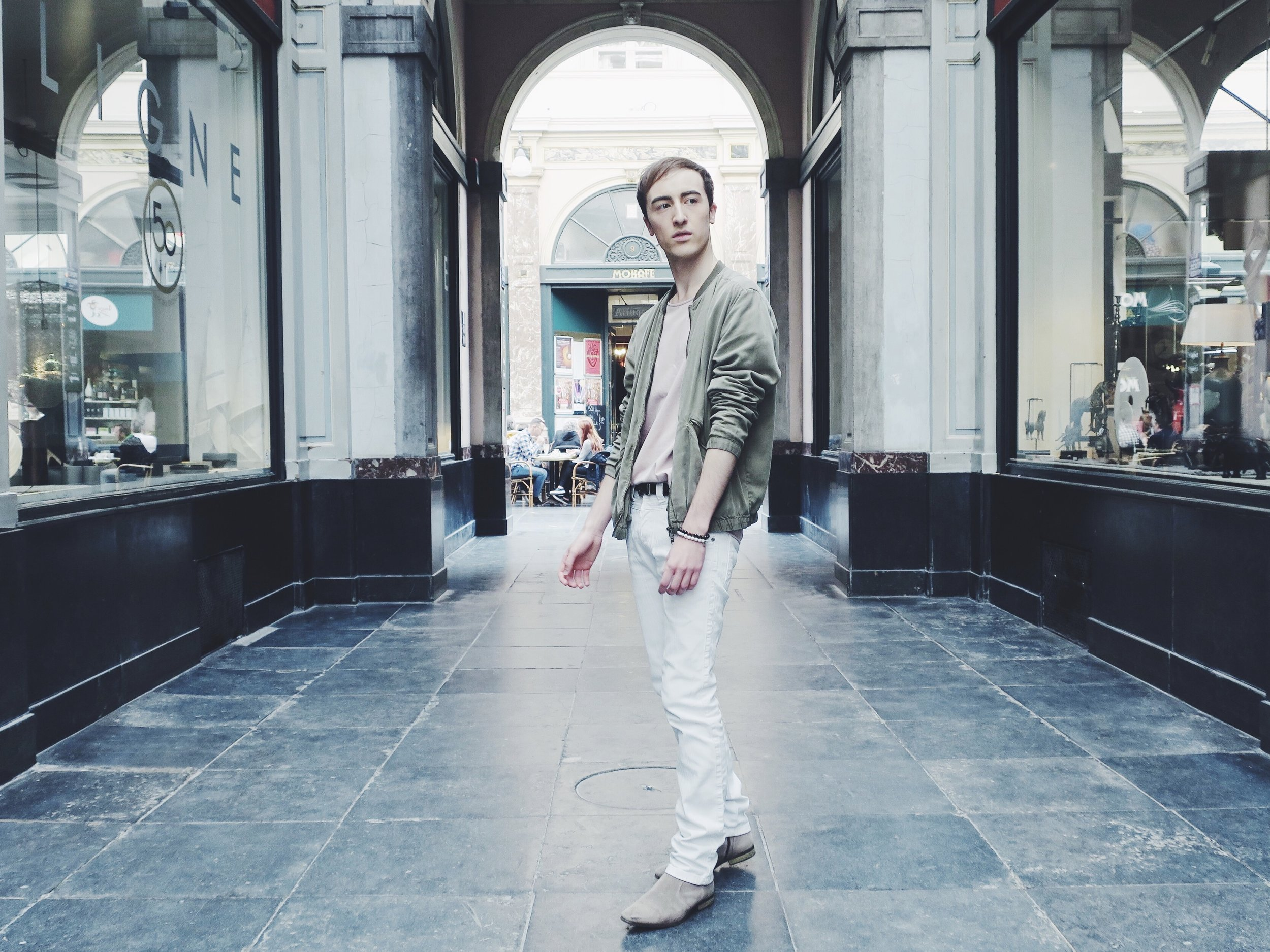 H&M jacket - Cos t-shirt - Zara trousers - Zign boots