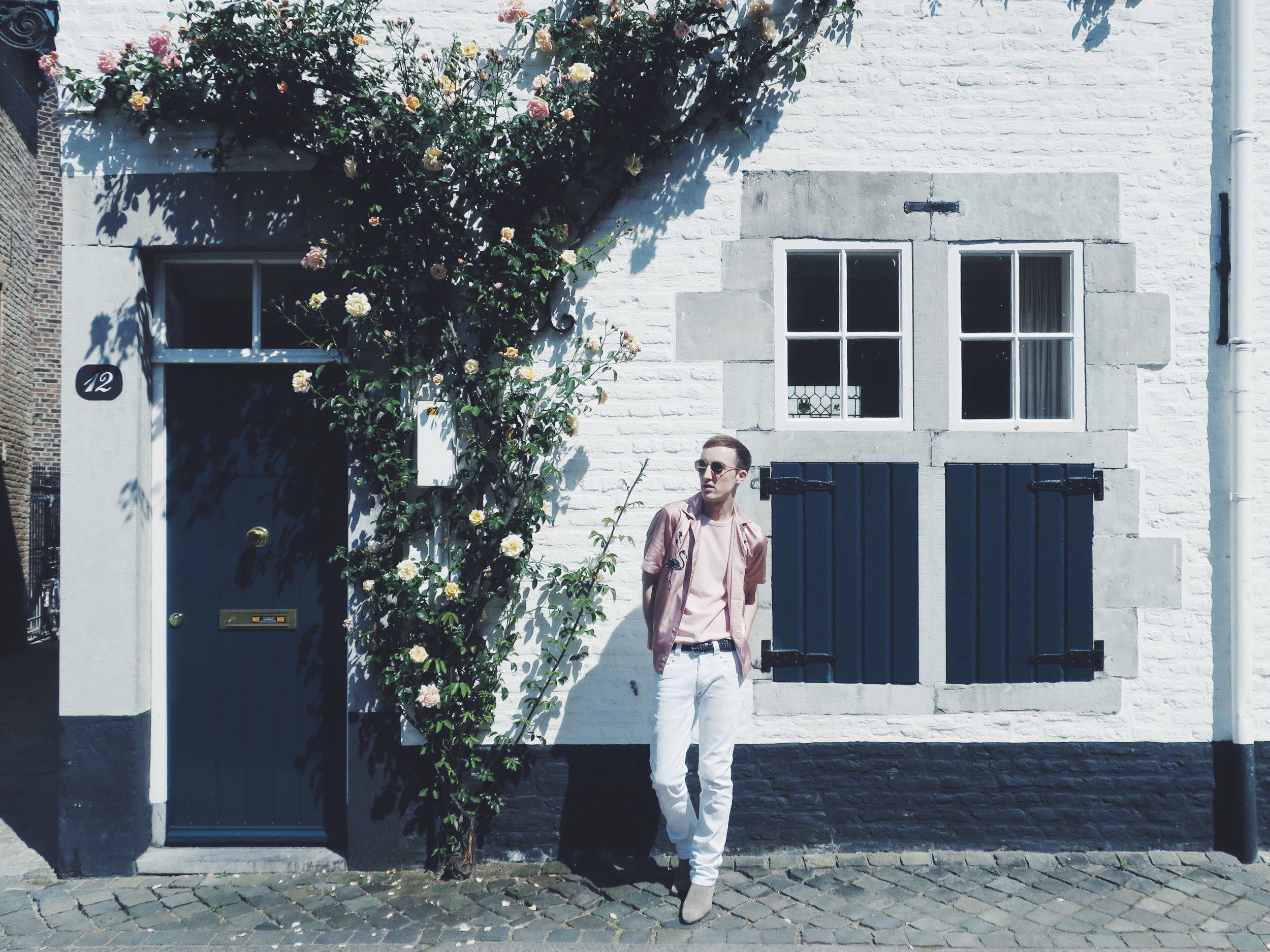 Diesel shirt - H&M t-shirt - Zara trousers - Zign ankle boots - Komono sunglasses